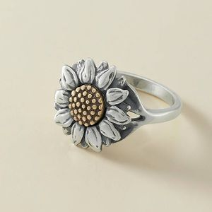 Sun Flower ring by James Avery